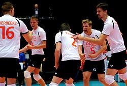 22-09-2013 VOLLEYBAL: EK MANNEN NEDERLAND - SLOVENIE: HERNING<br /> Nederland wint met 3-1 van Slovenie en plaatst zich voor de volgende ronde / Robin Overbeeke, Thijs ter Horst, Nico Freriks  Jelte Maan, Wytze Kooistra<br /> ©2013-FotoHoogendoorn.nl<br />  / SPORTIDA