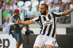 August 19, 2017 - Turin, Piedmont, Italy - Gonzalo Higuain (Juventus FC) during the Serie A football match between Juventus FC and Cagliari Calcio at Allianz Stadium on august 19, 2017 in Turin, Italy. (Credit Image: © Massimiliano Ferraro/NurPhoto via ZUMA Press)