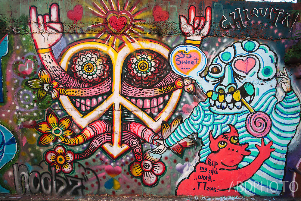 graffiti wall chiang mai thailand