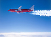 Boeing 737-300 with contrail