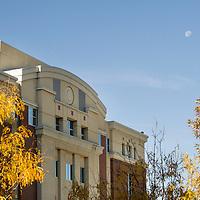 Fall campus scenes, Allison Corona photo.