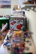 Ausstellung von Merkur Produkten im Eingangsbereich des Merkur Museums in Police nad Metuji.