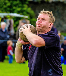 Peebles, Scotland UK  3rd September 2016. Peebles Highland Games, the biggest 'highland' games in the Scottish  Borders took place in Peebles on September 3rd 2016 featuring pipe band contests, highland dancing competitions, haggis hurling, hammer throwing, stone throwing and other traditional events.<br />   <br /> Pictured:  a competitor in the stone throw competition<br /> <br /> (c) Andrew Wilson | Edinburgh Elite media