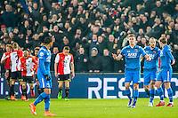 ROTTERDAM - 03-03-2016, Feyenoord - AZ, stadion de Kuip, teleurstelling na de 1-0, AZ speler Dabney dos Santos Souza, AZ speler Markus Henriksen, AZ speler Ron Vlaar, AZ speler Ben Rienstra