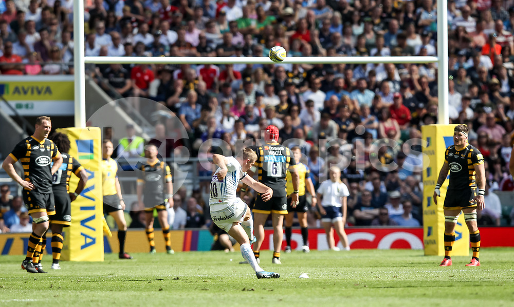 Gareth Steenson, Captain of Exeter Chiefs scores a penalty to make it 20-20 and take the match into extra time during the Aviva Premiership play-off Final between Wasps and Exeter Chiefs at Twickenham Stadium, Twickenham, United Kingdom on 27 May 2017. Photo by Ken Sparks.