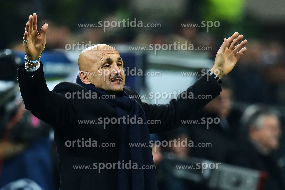 04.12.2012, Giuseppe-Meazza-Stadion, Mailand, ITA, UEFA CL, AC Mailand vs Zenit St. Petersburg, Gruppe C, im Bild Luciano Spalletti coach Zenit // during UEFA Champions League group C match between AC Milan and Zenit St. Petersburg at the Giuseppe-Meazza-Stadion, Milan, Italy on 2012/12/04. EXPA Pictures © 2012, PhotoCredit: EXPA/ Insidefoto/ Andrea Staccioli..***** ATTENTION - for AUT, SLO, CRO, SRB, BIH and SWE only *****