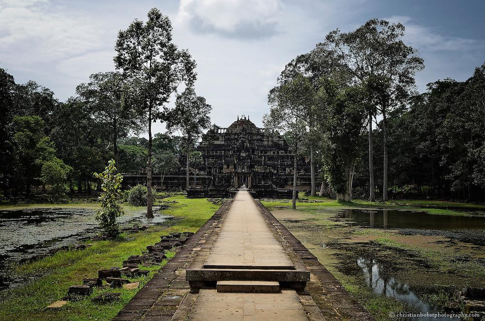 Tang Tok Temple, Cambodia, October 2011