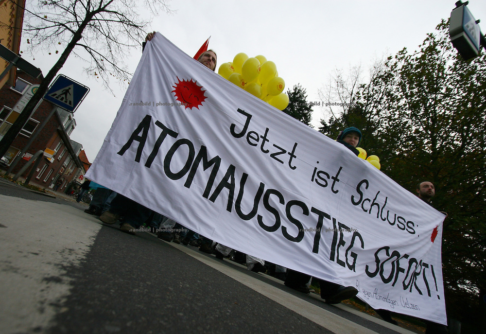 About 400 people demonstrate in Uelzen against a proposed transport of high radioactive waste (castor) to Gorleben next week.