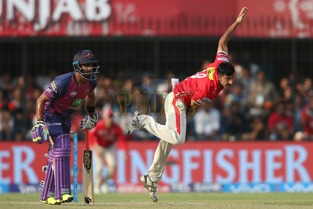 Mohit Sharma of Kings XI Punjab sends down a delivery during match 4 of the Vivo 2017 Indian Premier League between the Kings XI Punjab and the Rising Pune Supergiant held at the Holkar Cricket Stadium in Indore, India on the 8th April 2017<br /> <br /> Photo by Shaun Roy - IPL - Sportzpics