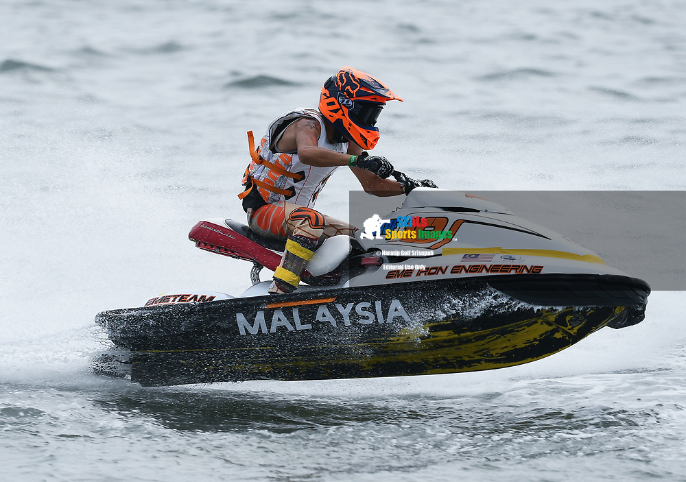 PATTAYA, THAILAND - DECEMBER 09: Tee Chen Jet (19) of Malaysia and EME Jet Ski Racing Team in action during the Pro Sport GP Moto4 at the Thai Airways International Jet Ski World Cup 2018, Jomtien Beach, Pattaya, Thailand on December 09, 2018. <br /> .<br /> .<br /> .<br /> (Photo by: Naratip Golf Srisupab/SEALs Sports Images)<br /> .<br /> Any image use must include a mandatory credit line adjacent to the content which should read: Naratip Golf Srisupab/SEALs Sports Images