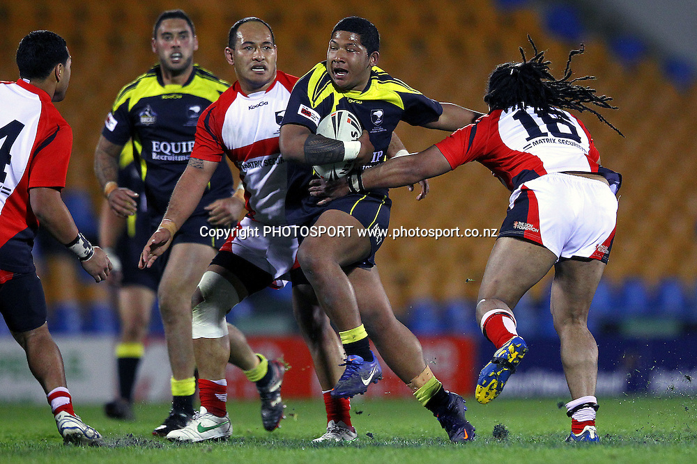 Wellington's Simeona Seumanufagai on the charge. Pirtek NZRL National Premiership Rugby League match, Counties Manukau Stingrays v Wellington Orcas at Mt Smart Stadium, Auckland, New Zealand. Monday 10th September 2012. Photo: Anthony Au-Yeung / photosport.co.nz