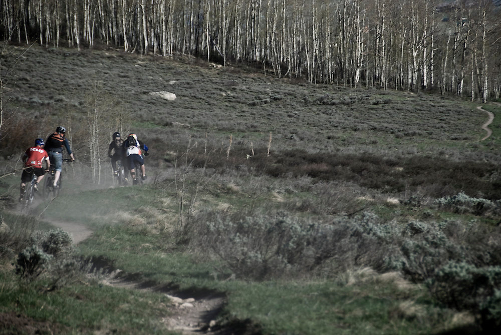 Crested Butte mountain bikers rip the sinuous local singeltrack.