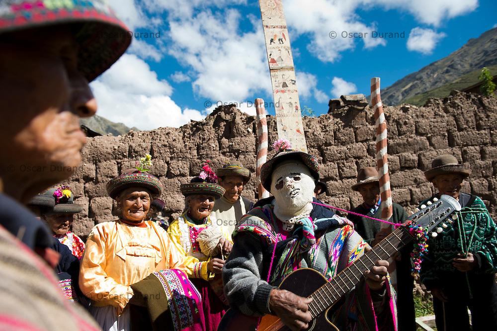 Tabla Apaykuy en Sarhua, Ayacucho.