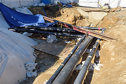 UConn Steam and Condensate Line and Vault Replacement Project. Task No.:001 Construction Progress Documentation on 22 August 2016