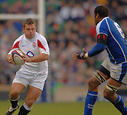 2005 Rugby, Investec Challenge, England vs Manu Samoa, Lee MEARS attacking as  England beat Samoa 40 points to 3 at the  RFU stadium, Twickenham, ENGLAND:     26.11.2005   © Peter Spurrier/Intersport Images - email images@intersport-images..