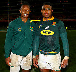 S'bu Nkosi with Aphiwe Dyantyi of South Africa- Mandatory by-line: Steve Haag/JMP - 23/06/2018 - RUGBY - DHL Newlands Stadium - Cape Town, South Africa - South Africa v England 3rd Test Match, South Africa Tour
