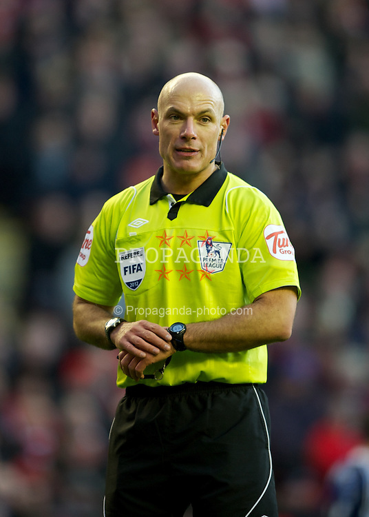 LIVERPOOL, ENGLAND - Saturday, January 14, 2012: Referee Howard Webb during the Premiership match between Liverpool and Stoke City at Anfield. (Pic by David Rawcliffe/Propaganda)
