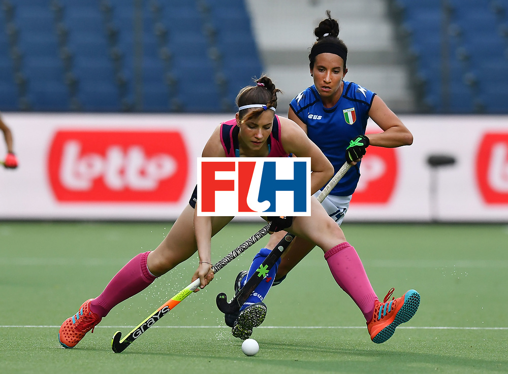 BRUSSELS, BELGIUM - JUNE 24: Elisabetta Pacella (R) of Italy and Amy Costello (L) of Scotland during the FINTRO Women's Hockey World League Semi-Final Pool A game between Italy and Scotland on June 24, 2017 in Brussels, Belgium. (Photo by Charles McQuillan/Getty Images for FIH)