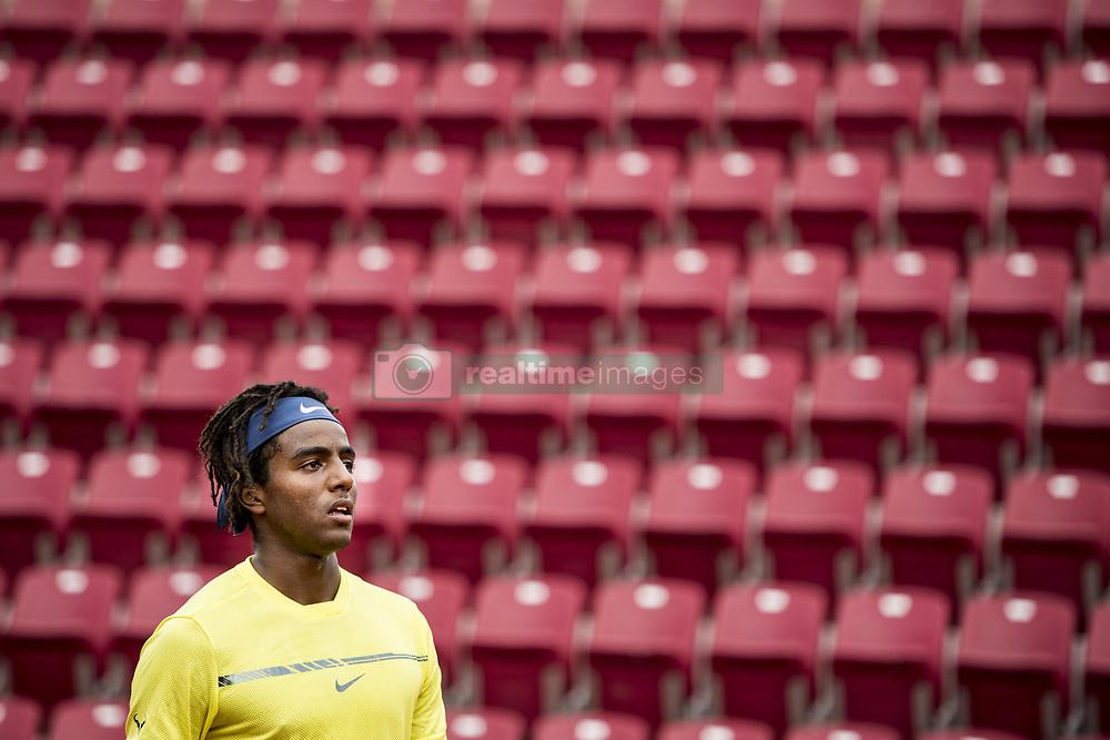 September 15, 2017 - BÃ¥Stad, Sverige - 170915 Sveriges Elias Ymer under tennismatchen i Davis Cup mellan Sverige och Litauen den 15 september 2017 i BÃ¥stad  (Credit Image: © Petter Arvidson/Bildbyran via ZUMA Wire)