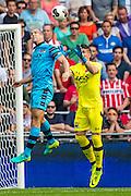 EINDHOVEN - 14-08-2016, PSV - AZ, Philips Stadion, 1-0, AZ speler Ron Vlaar, AZ keeper Sergio Rochet