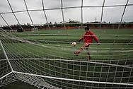 Qingyuan, Guangdong, Chine, le 11 mars 2016<br /> Un &eacute;l&egrave;ve de l'&eacute;cole de football Evergrande &agrave; l'entrainement. Fond&eacute;e en 2013, l'&eacute;cole compte plus de 2000 &eacute;l&egrave;ves et pr&egrave;s de 50 terrains de football.<br /> Gilles Sabri&eacute; pour L'Equipe