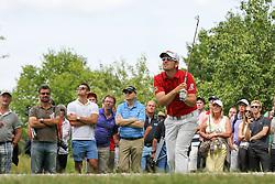 26.06.2015, Golfclub München Eichenried, Muenchen, GER, BMW International Golf Open, Tag 2, im Bild Bernd Wiesberger (AUT) schlaegt aus dem Rough // during day two of the BMW International Golf Open at the Golfclub München Eichenried in Muenchen, Germany on 2015/06/26. EXPA Pictures © 2015, PhotoCredit: EXPA/ Eibner-Pressefoto/ Kolbert<br /> <br /> *****ATTENTION - OUT of GER*****