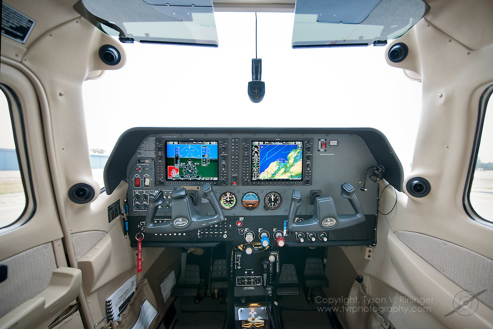 Brokerage shoot of 2007 Cessna T206H, N927MV