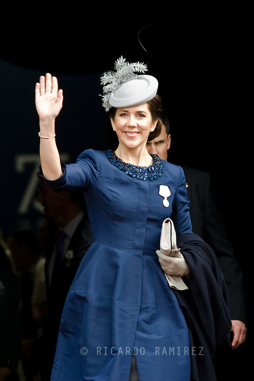 16.04.2015. Copenhagen, Denmark.<br /> Princess Mary of Denmark leaves the Town Hall after lunch during festivities for the 75th birthday of Queen Margrethe II of Denmark.<br /> Photo:© Ricardo Ramirez