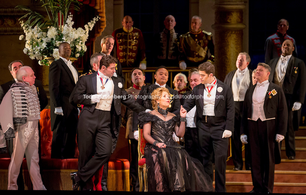 11/11/15 1:42:15 PM -- <br /> The Lyric Opera of Chicago Presents<br /> &quot;The Merry Widow&quot;<br /> Renee Fleming<br /> <br /> &copy; Todd Rosenberg Photography 2015
