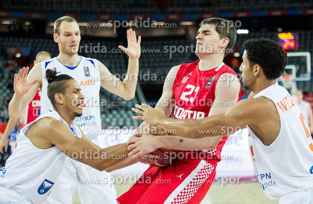 Worthy de Jong of Netherlands and Leon Williams of Netherlands fighting for a ball with Mario Hezonja of Croatia during basketball match between Netherlands and Croatia at Day 5 in Group C of FIBA Europe Eurobasket 2015, on September 9, 2015, in Arena Zagreb, Croatia. Photo by Vid Ponikvar / Sportida