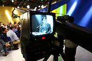El director general de Radio Caracas Television (RCTV), Marcel Granier durante el ultimo dia de transmision de este canal venezolano. Caracas, 27-05-2007. (Ivan Gonzalez)