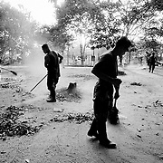 FARC recruits cleaning their camp in Caqueta.<br />