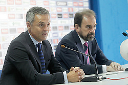 30.06.2015, Coliseum Alfonso Perez, Getafe, ESP, Primera Division, Trainerpräsentation FC Getafe, im Bild Getafe's new coach Fran Escriba (l) with the President Angel Torres // during the official presentation of the new coach of FC Getafe at the Coliseum Alfonso Perez in Getafe, Spain on 2015/06/30. EXPA Pictures © 2015, PhotoCredit: EXPA/ Alterphotos/ Acero<br /> <br /> *****ATTENTION - OUT of ESP, SUI*****