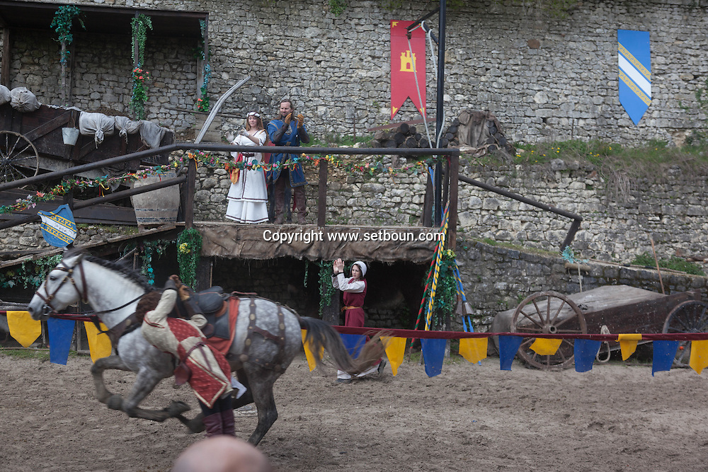 The Legend of the Knights ; A show about chivalry designed and performed by the Equestrio team in Provins middle age town france   /   spectacle equestre , la legende des cavaliers a Provins, ville médiévale France