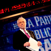 TAMPA, FL -- September 12, 2011 -- CNN host Wolf Blitzer introduces the candidates during the CNN/Tea Party Republican Debate at the Florida State Fairgrounds on Monday, September 12, 2011.  Eight Republican Presidential candidates squared off with host Wolf Blitzer in the battleground state of Florida for the 2012 Election.    (Chip Litherland for The New York Times)
