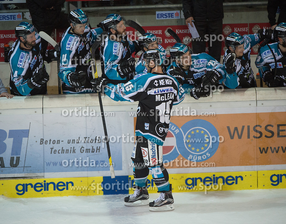 05.12.2015, Keine Sorgen Eisarena, Linz, AUT, EBEL, EHC Liwest Black Wings Linz vs HC TWK Innsbruck Die Haie, 27. Runde, im Bild Brett McLean (EHC Liwest Black Wings Linz) feiert // during the Erste Bank Icehockey League 27thround match between EHC Liwest Black Wings Linz and HC TWK Innsbruck  Die Haie at the Keine Sorgen Icearena, Linz, Austria on 2015/12/05. EXPA Pictures © 2015, PhotoCredit: EXPA/ Reinhard Eisenbauer
