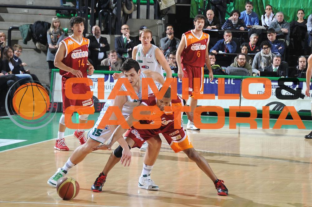 DESCRIZIONE : Treviso Lega A 2010-11 Benetton Treviso Lottomatica Virtus Roma<br /> GIOCATORE : Alessandro Gentile<br /> SQUADRA : Benetton Treviso Lottomatica Virtus Roma<br /> EVENTO : Campionato Lega A 2010-2011 <br /> GARA : Benetton Treviso Lottomatica Virtus Roma<br /> DATA : 27/02/2011<br /> CATEGORIA : Equilibrio<br /> SPORT : Pallacanestro <br /> AUTORE : Agenzia Ciamillo-Castoria/M.Gregolin<br /> Galleria : Lega Basket A 2010-2011 <br /> Fotonotizia : Treviso Lega A 2010-11 Benetton Treviso Lottomatica Virtus Roma<br /> Predfinita :