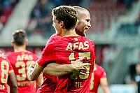 Alkmaar, 19-08-2017, AZ - ADO Den Haag, AZ speler Guus Til, AZ speler Ron Vlaar