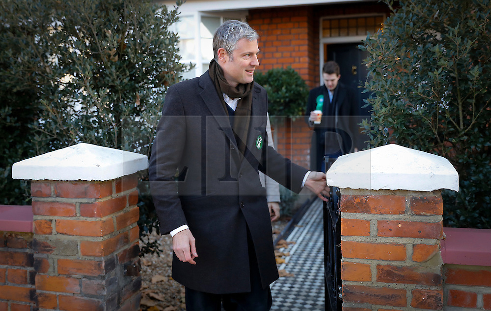© Licensed to London News Pictures. 01/12/2016. London, UK. Former Conservative MP ZAC GOLDSMITH leaves his home in West London to cast his vote in the Richmond by-election. Zac Goldsmith resigned as an MP from the conservative party in order to force a by-election, in protest at government backing of the third runway at Heathrow airport.  Photo credit: Tom Nicholson/LNP
