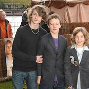 NLD/Rotterdam/20061112 - Premiere Kruistocht in Spijkerbroek, Robert Timmins, Jake Kedge en Janiek van de Polder