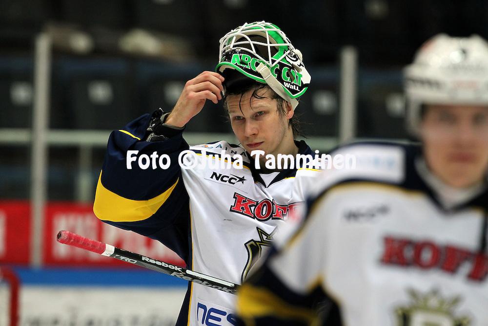 23.2.2012, Hmeenlinna...Jkiekon SM-liiga 2011-12. HPK - Blues..Antti Ore - Blues
