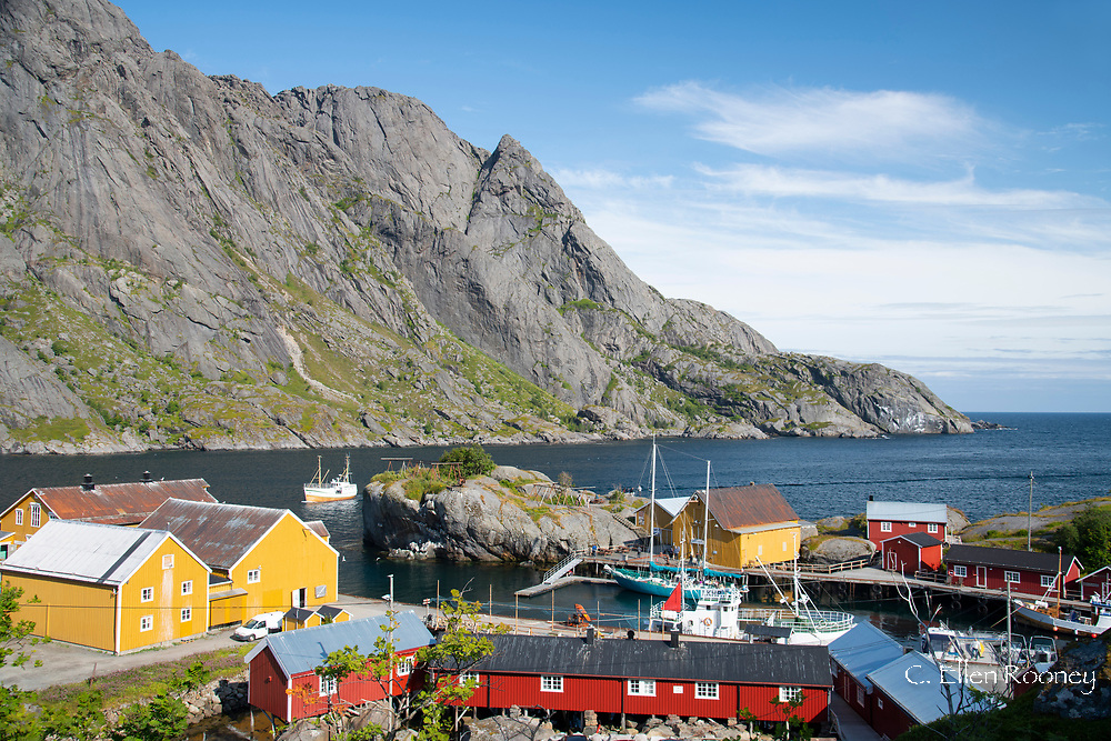 Traditional buildings in the fishing village of Nusfjord, Flakstadoya, theLofoten Islands, Norway, Scandanavia, Europe