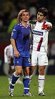 Photo: Paul Thomas.<br />Lyon v Rangers. UEFA Champions League, Group E. 02/10/2007.<br /><br />Captain Barry Ferguson (L) of Rangers is congratulated by opposite Juninho of Lyon.