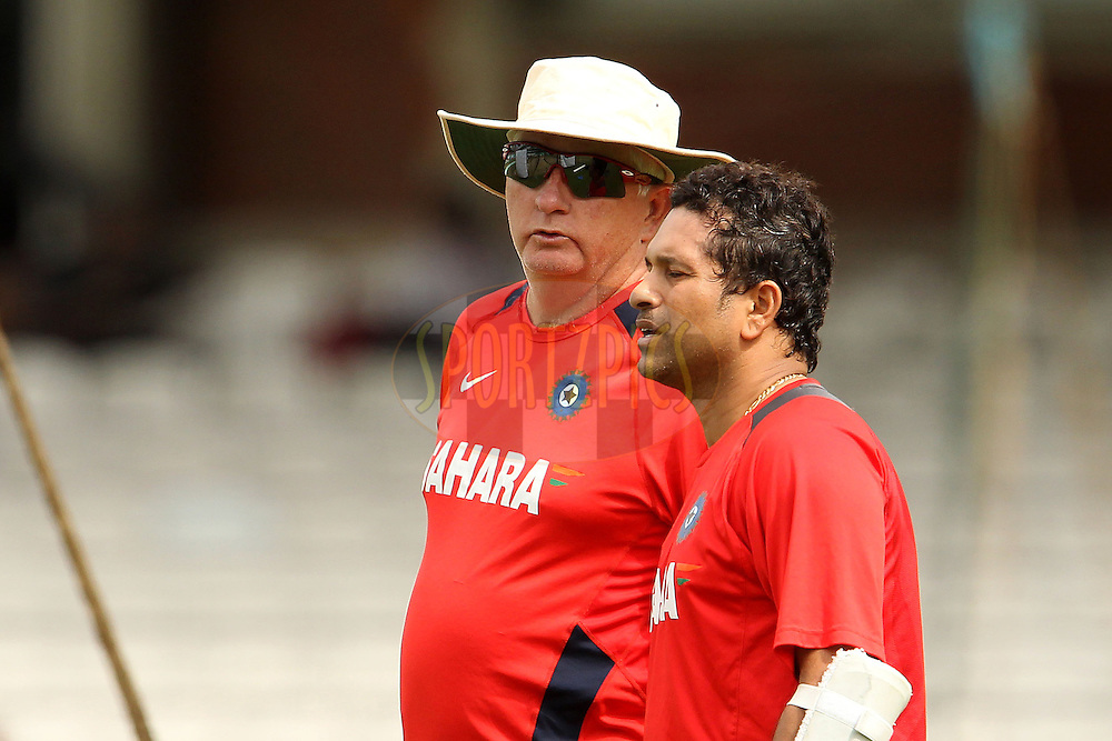 Duncan Fletcher chats with Sachin Tendulkar during the India practice session held at The Oval in Lambeth, London on the 17th August 2011...Photo by Ron Gaunt/SPORTZPICS/BCCI