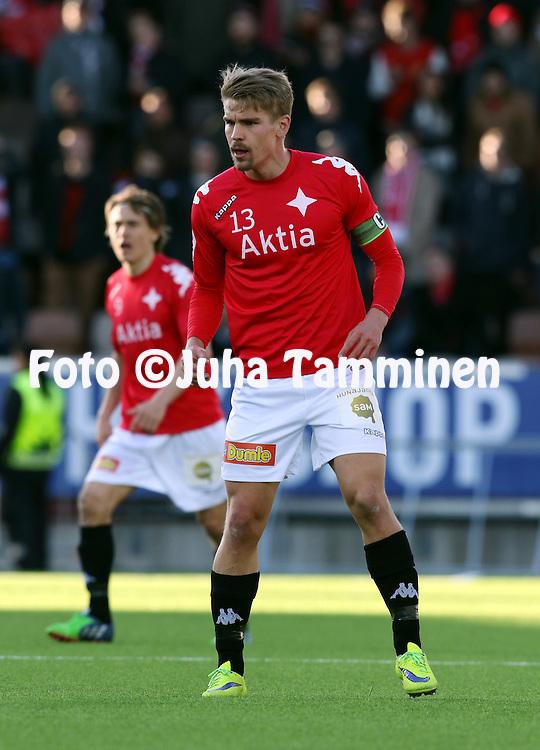 23.4.2015, Sonera Stadion, Helsinki.<br /> Veikkausliiga 2015.<br /> Helsingfors IFK - Helsingin Jalkapalloklubi.<br /> Esa Ter&auml;v&auml; - HIFK
