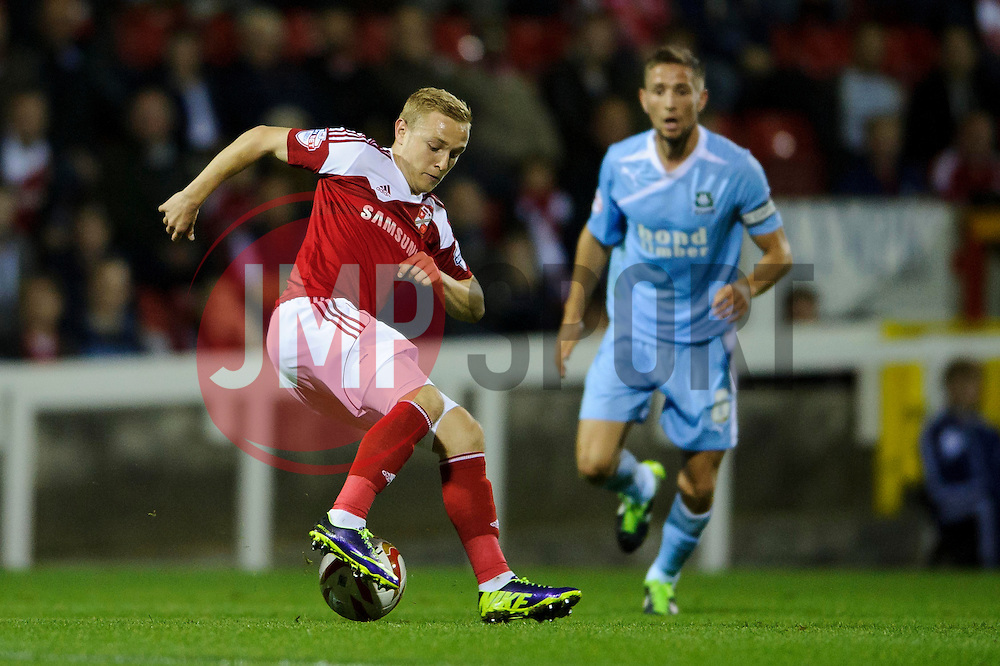 Swindon Forward Alex Pritchard (ENG) in action during the first half of the match - Photo mandatory by-line: Rogan Thomson/JMP - Tel: Mobile: 07966 386802 08/10/2013 - SPORT - FOOTBALL - County Ground, Swindon - Swindon Town v Plymouth Argyle - Johnstone Paint Trophy Round 2.