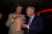 Ranald Macdonald yr of Clanranald and Sir Terence Conran, Opening of Floridita, Wardour St. London. 21 October 2004. ONE TIME USE ONLY - DO NOT ARCHIVE  © Copyright Photograph by Dafydd Jones 66 Stockwell Park Rd. London SW9 0DA Tel 020 7733 0108 www.dafjones.com