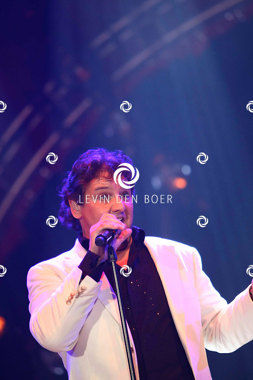 ROTTERDAM - De Beren Eetcafes Live In de Ahoy. Met op de foto zanger Rene Froger. FOTO LEVIN DEN BOER - PERSFOTO.NU