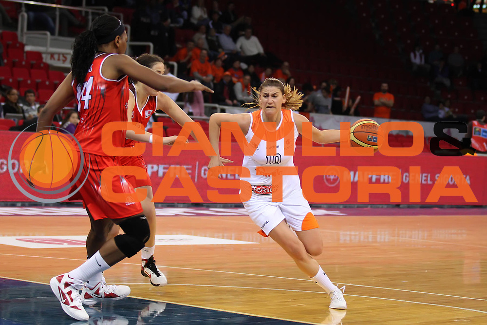 DESCRIZIONE : Istanbul Fiba Europe Euroleague Women 2011-2012 Final Eight Beretta Famila Schio Rivas Ecopolis<br /> GIOCATORE : Maja Erkic<br /> SQUADRA : Beretta Famila Schio<br /> EVENTO : Euroleague Women<br /> 2011-2012<br /> GARA : Beretta Famila Schio Rivas Ecopolis<br /> DATA : 29/03/2012<br /> CATEGORIA : <br /> SPORT : Pallacanestro <br /> AUTORE : Agenzia Ciamillo-Castoria/ElioCastoria<br /> Galleria : Fiba Europe Euroleague Women 2011-2012 Final Eight<br /> Fotonotizia : Istanbul Fiba Europe Euroleague Women 2011-2012 Final Eight Beretta Famila Schio Rivas Ecopolis<br /> Predefinita :