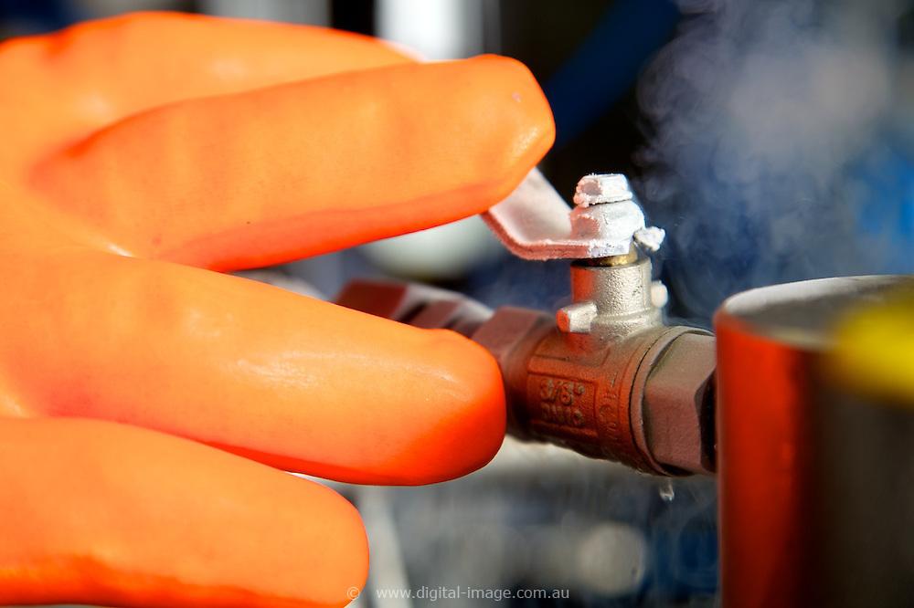 Infrared Beamline, Australian Synchrotron.   Infrared Beamline, Nitrogen fill CU's